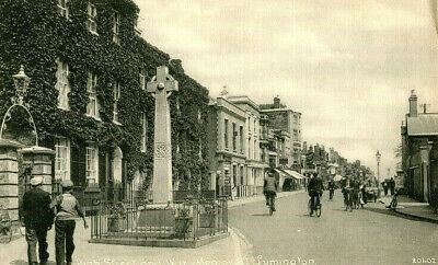 1920s postcard High Street and War Memorial LYMINGTON