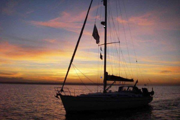Escape Yachting lunch and dinner Solent trips from Lymington 2020
