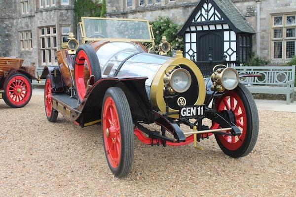 Film Chitty outside Palace House