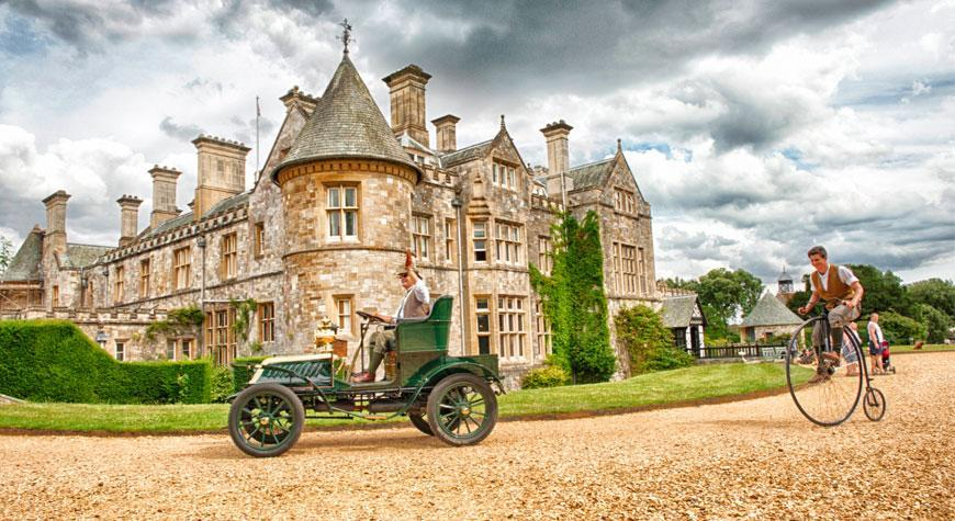 summer fun living history palace house Beaulieu