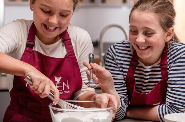 16 Dec Chewton Cookery School 99 600x400