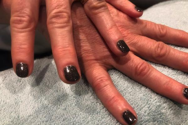Toxin-free manicures and pedicures in Lymington: our review