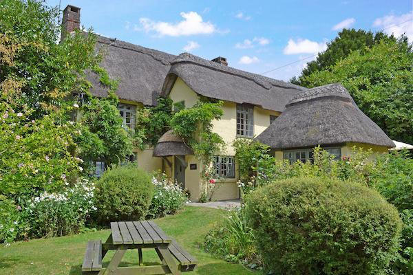 A wide range of excellent self catering holiday accommodation with New Forest Cottages
