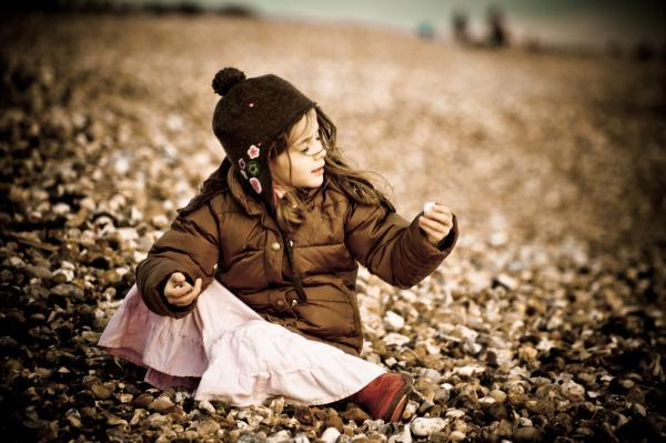 Children's lifestyle portraits on the beach at Milford-on-Sea