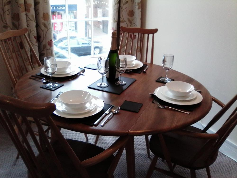 Quality china and cutlery to enjoy