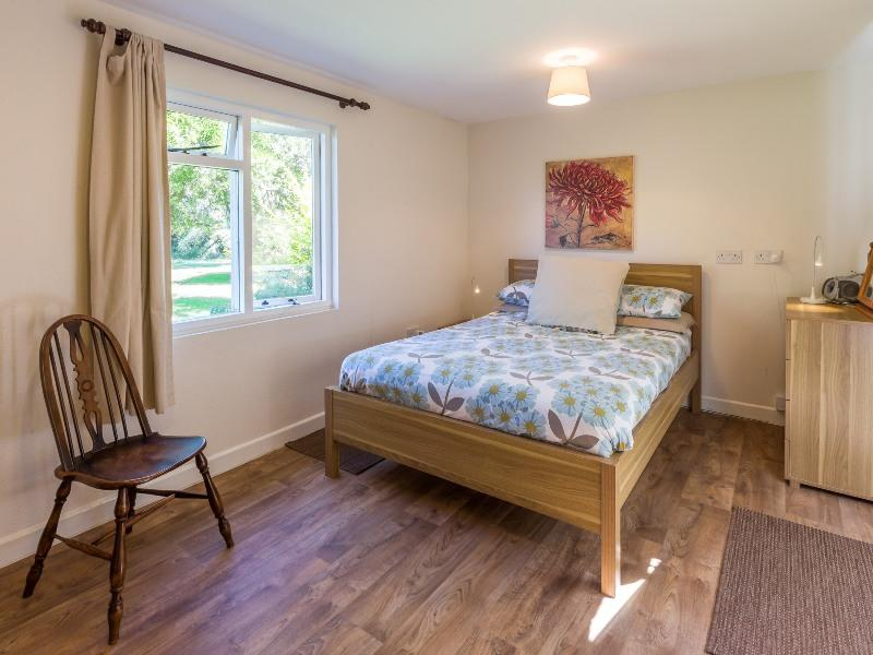 self catering east boldre bartley barn ground floor bedroom