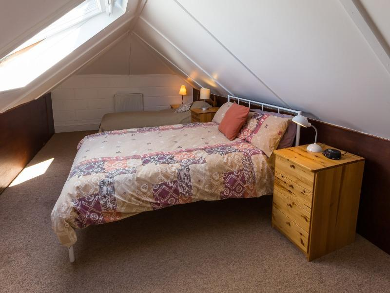 self catering east boldre bartley barn upstairs double bed area