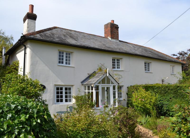 Romantic New Forest Cottages
