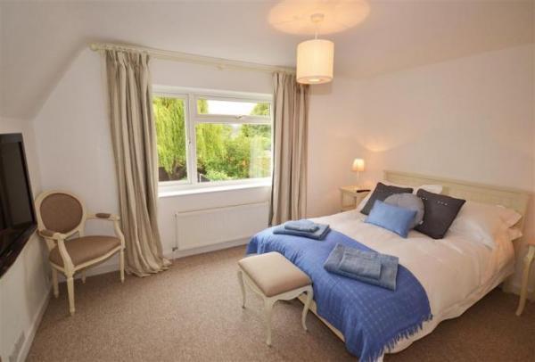 Seagull Cottage bedroom