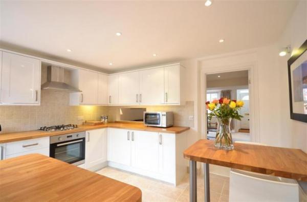 Seagull Cottage kitchen