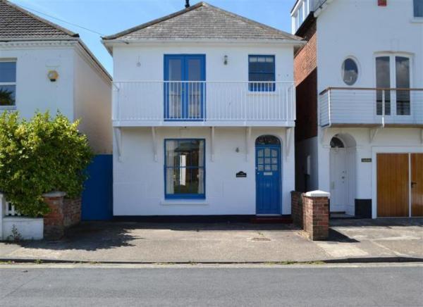 Alexandra holiday cottage, Lymington