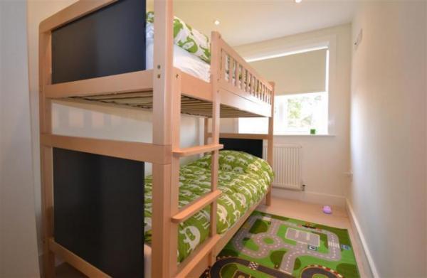 Saltbox bunk beds room